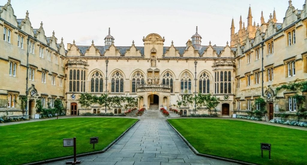How to choose a UK University