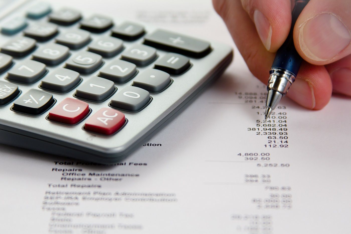 What can I do with an accountancy degree in the UK?